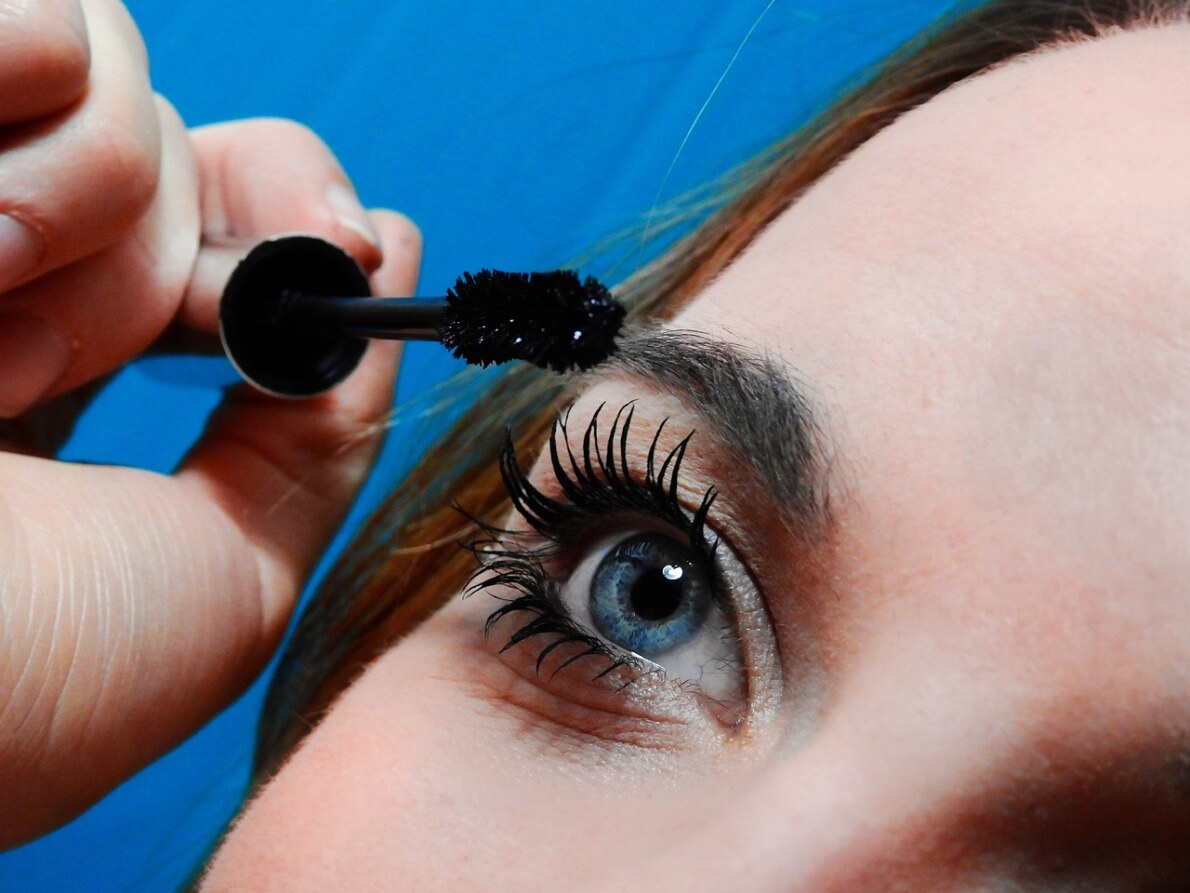How to Perfect Apply Mascara on Eyes - BBstyles.net